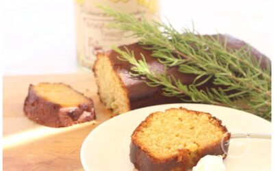 Recipe | Olive oil, orange and rosemary cake
